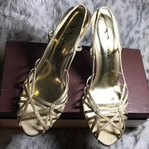 Nina Golden Sandals, size 10, excellent condition.